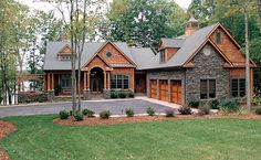 O wow...I just got lightheaded in love with this place! Craftsman House Plan chp-43637 at COOLhouseplans.com