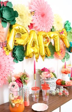 Decorate It – A Floral and Succulent Filled Bridal Shower – A Kailo Chic Life – Party Ideas Fiestas Party, Luau Party, Diy Party, Tropical Bridal Showers, Tropical Party, Bridal Shower Party, Animal Party, Party Planning, Party Time