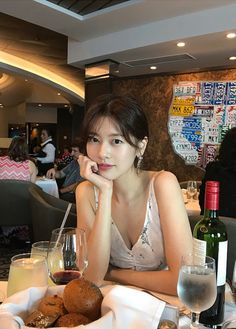 Jessica Jung, Jung So Min, Young Actresses, Korean Artist, Korean Beauty, Instagram Fashion, My Idol, Kdrama, How To Look Better