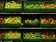 cagettes plastiques rayonnage de fruits