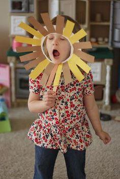 preschool crafts for zoo Preschool Zoo Theme, Preschool Activities, Circus Crafts Preschool, Circus Theme Crafts, Circus Animal Crafts, Circus Theme Classroom, Circus Party, Safari Crafts, Camping Crafts