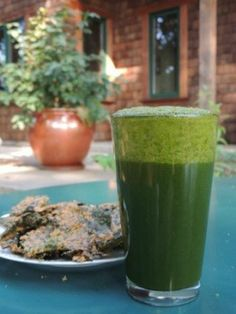 Wow!  This green smoothie is a powerhouse of nutrients, an energy booster, a fat burner and it actually tastes fantastic!  http://www.lifetimefatloss.com/healthy-juicing-recipes.html