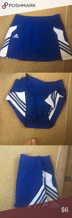 Medium adidas tennis skirt Perfect condition no peeling includes attached shorts!  Size M adidas Skirts