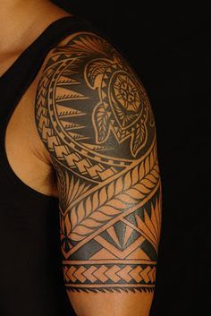 polynesian tattoo... with honu.
