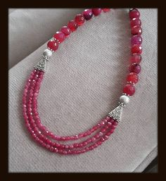 You can easily use this necklace always. With the lashing chain you can use it very easily jade, pink necklace, handmade necklace.. Very stylish.. Thanks to the extension chain I added, you can use it very easily This is a great gift for yourself and a loved one. A very stylish