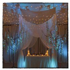 Brooklyn Wedding Planner- Blue Tree Sweetheart Table at Deity Brooklyn Wedding Venue #brooklynwedding #weddingvenue #weddingdecorations