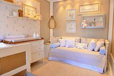 Para fugir dos tradicionais rosa e azul, apostar em tons pastelpara o quarto de bebê pode ser uma boa opção. Reunimos dois ambientes que participam da mos