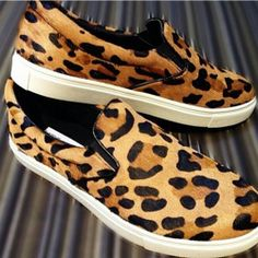 bc3d4dbd808 Fashion Leopard Skateboard Shoes Round Toe Slip On Sneakers Genuine  Horsehair Comfortable Loafers Flat Shoes  75.99