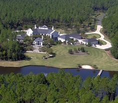 Brett Favre's House in Mississippi | say that Brett has done pretty good for a small town boy ...