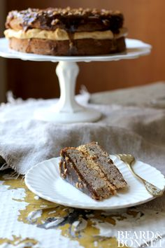 Delicious Gluten Free Desserts Recipes Pecan Cake with Caramel Mousse and Brown Sugar Topping (Gluten-Free) Gluten Free Sweets, Gluten Free Cakes, Caramel Mousse, Pecan Cake, Thanksgiving Desserts, Sweet Recipes, Fast Recipes, Healthy Recipes, Sans Gluten