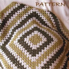 Go Go Granny Square/Rectangle Baby Blanket Pattern {$4.95}