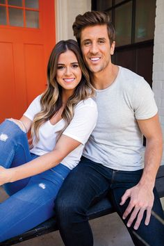 JoJo Fletcher and Jordan Rodgers Explain How They Survive Negative Rumors Surrounding Their Relationship Curled Hairstyles, Summer Hairstyles, Honey Dipped Hair, Jojo Fletcher Jordan Rodgers, Jojo And Jordan, New Hair, Your Hair, Imperfection Is Beauty, Cutest Couple Ever