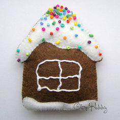 игрушки из фетра, новогодние украшения из фетра, фетровые игрушки на ёлку, пряник из фетра, пряничный домик, домик из фетра