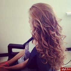 Love the curls♥