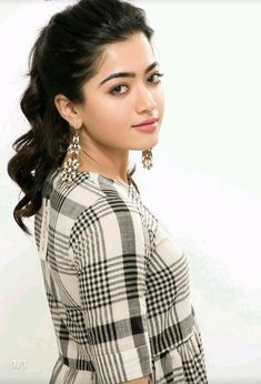 Rashmika mandana cutest south Indian tollywood Actress insane beauty face unseen latest hot sexy images of her body show and navel pics with. Beautiful Girl Wallpaper, Beautiful Girl Photo, Beautiful Girl Indian, Most Beautiful Indian Actress, Beautiful Actresses, Beautiful Saree, Beauty Full Girl, Cute Beauty, Beauty Women