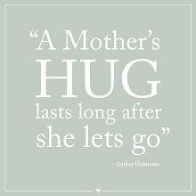 5 Priceless Gifts for your Mom - BirthdayAlarm Blog