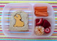 What's for lunch at our house: Everyone Loves a Puppy Bento Easy Lunch Boxes, Bento Box Lunch, Lunch Snacks, Lunch Ideas, Bento Lunchbox, Box Lunches, School Lunches, Dinners For Kids, Meals For One