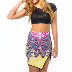 Best offers on bulk purchase of sublimated floral print pencil skirt from Alanic Global, reputed manufacturer in USA, Australia and Canada.