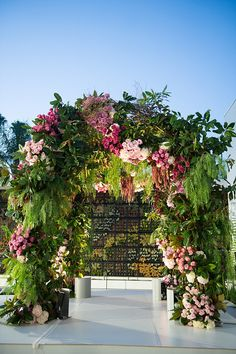 A Pnina Tornai Bride for a Super Luxe Colorful Jewish Wedding With a Show-Stopping Chuppah at The Beverly Hilton, Beverly Hills, California USA - Smashing the Glass Wedding Locations California, California Wedding, California Usa, Wedding Events, Wedding Ceremony, Wedding Blog, Wedding Arches, Gown Wedding, Lace Wedding