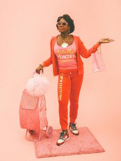 You know it well: velour or terry cloth, we love(d) them. This is a #hysterical story about one woman's love affair with the track suit.