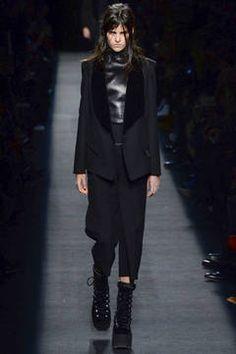 cd5200b7d0fb Die 20 besten Bilder von Thethe firmungs outfit   Bluse, Moda ...