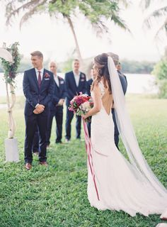 Photography: The Great Romance Photo - thegreatromancephoto.com  Read More: http://www.stylemepretty.com/2015/01/05/berry-colored-oahu-wedding/