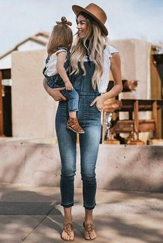 42 Cute Mommy and Me Outfits You ll Both Want to Wear. Mom Daughter Matching  ... 47115c119fd2
