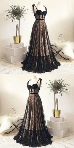 Vintage Polka Dots Spaghetti Straps Black Long Prom Dress, Shop plus-sized prom dresses for curvy figures and plus-size party dresses. Ball gowns for prom in plus sizes and short plus-sized prom dresses for Pretty Dresses, Beautiful Dresses, Black Prom, Long Black, Mode Style, Dress Up, Dress Prom, Dress Long, Vintage Dresses