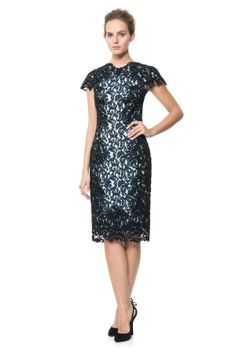 4c4dce2fb904 Contrast Embroidered Lace Panel Dress