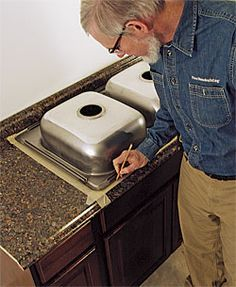 Cut a laminate countertop for a sink