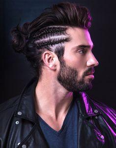 Flechtfrisuren für Männer seitlich-franzoesische-maennerzoepfe-auffaelig-bart-moustasche-dunkles-haar