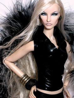 https://flic.kr/p/PqTzqf | Fashion Royalty Fine Print Elise Jolie repaint reroot | Fashion Royalty Fine Print Elise Jolie repaint reroot Doll