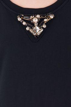 Jijil - Vestido negro en algodón y seda. 117,00 €