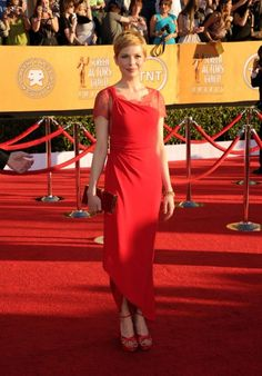 Michelle Williams 2012 SAG awards. This dress is delightfully reminiscent of the World War I era......love it.