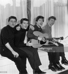 the searchers band - Google Search The Searchers Band, Gerry And The Pacemakers, Rock Bands, The Beatles, Liverpool, Singers, Universe, The Originals, Google Search