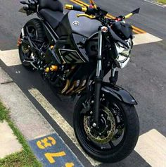 250cc Motorcycle, Yamaha Bikes, Mitsubishi Pajero, Vespa Scooters, Sportbikes, Honda Cb, Cbr, Dream Life, Motocross