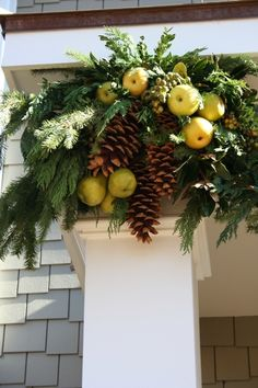 Fresh Ideas for Bringing the Outdoors In   At Home for the Holidays  