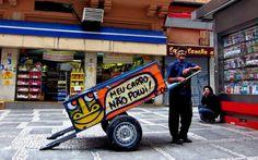 http://super.abril.com.br/blogs/planeta/pimp-my-carroca-acao-vai-tunar-carrocas-para-valorizar-catadores-de-reciclaveis/