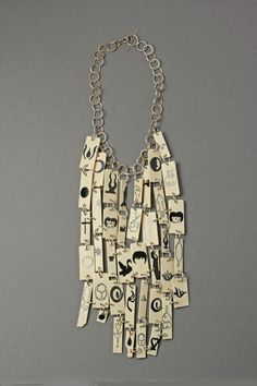Lisa Walker Necklace: Necklace with Berthold Reiss pictures, 2015 Piano keys, silver, lacquer © By the author. Read Klimt02.net Copyright.