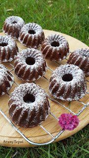 AranyTepsi: Mogyorókrémes mini kuglófok Fun Desserts, Doughnut, Nutella, Cookie Recipes, Food To Make, Deserts, Muffin, Food And Drink, Sweets