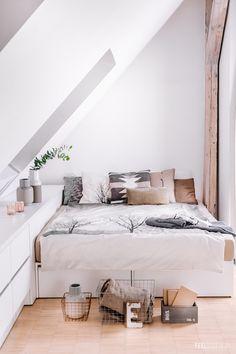 Sypialnia uspakajająca :-) Ostatnia część z serii stylizowania tej samej sypialni w 3 różnych stylach!   Feelozofia