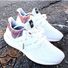 b94b4a86d2 Zapatillas para correr · Nike Zapatos Cerrados, Zapatos Luminosos, Zapatos  Casuales, Zapatos Hermosos, Zapatos Deportivos Adidas