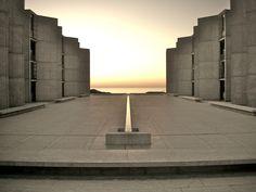 Salk Institute. Architect: Louis Kahn