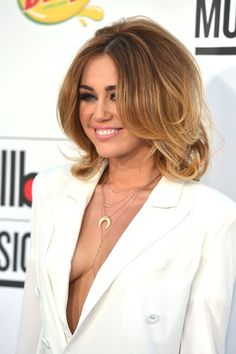 SHE LOOKS SO OLD! Miley Cyrus Photo - 2012 Billboard Music Awards - Arrivals