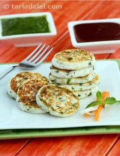 The flavour and texture of cottage cheese is always highlighted when there is an optimal addition of herbs and seasonings. Of the many herbs, mint works very well for the indian palate. Here is a scrumptious snack cum starter that features a very interesting combination of paneer and phudina, wherein the former brings in its unique texture and the latter imparts its refreshing flavour and aroma. Conjure up these paneer phudina tikkis easily within minutes right in front of your guests and…