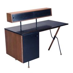Greta Magnusson Grossman/Glenn of California Desk #michaans #midcenturymodern http://www.michaans.com/highlights/2016/highlights_02132016.php