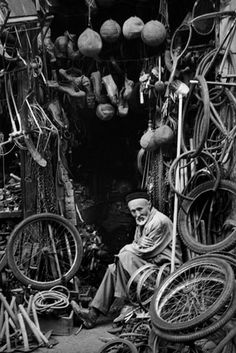 "Ara Güler. S) Thanks to Cycology for sharing this pin. ""What a lovely image. Does anyone know where this pic was taken? Name of the guy, perhaps?"" MAKETRAX.net - Bicycle SHOPS"