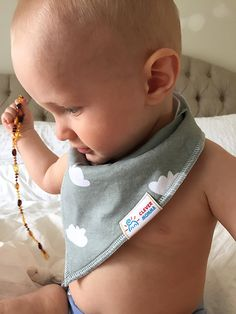 Amazon.com: Baby Bandana Bibs for Drooling and Teething, Unisex Value Packs for Boys and Girls, Organic Cotton with Snaps, Hypoallergenic, Soft and Absorbent, Burp Cloths Perfect for Spit Up, From Clever Momma: Baby Bandana Bib, Teething, Burp Cloths, Bibs, Boy Or Girl, Organic Cotton, Clever, Packing, Unisex