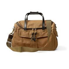The Heritage Sportsman Bag from Filson. Note zipper, comes down lower on on side of the bag than the other.