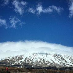"""""""Dansen op de vulkaan"""" De Dijk  Today a dream came true: We danced on a vulcano. This is vulcano Snæfellsjökull #iceland #snæfellsnes #HKf #anythingispossible Kijk voor meer info op www.heleenklop.nl"""